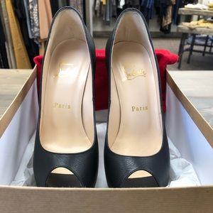 Women Shoes !